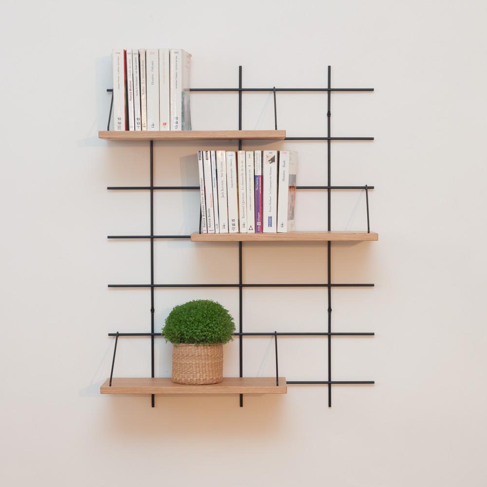 étagère Gassien Paris config 1 léonie 1 base noire 3 planches chêne massif faible profondeur 15cm vue de face livres de poche salon bibliothèque