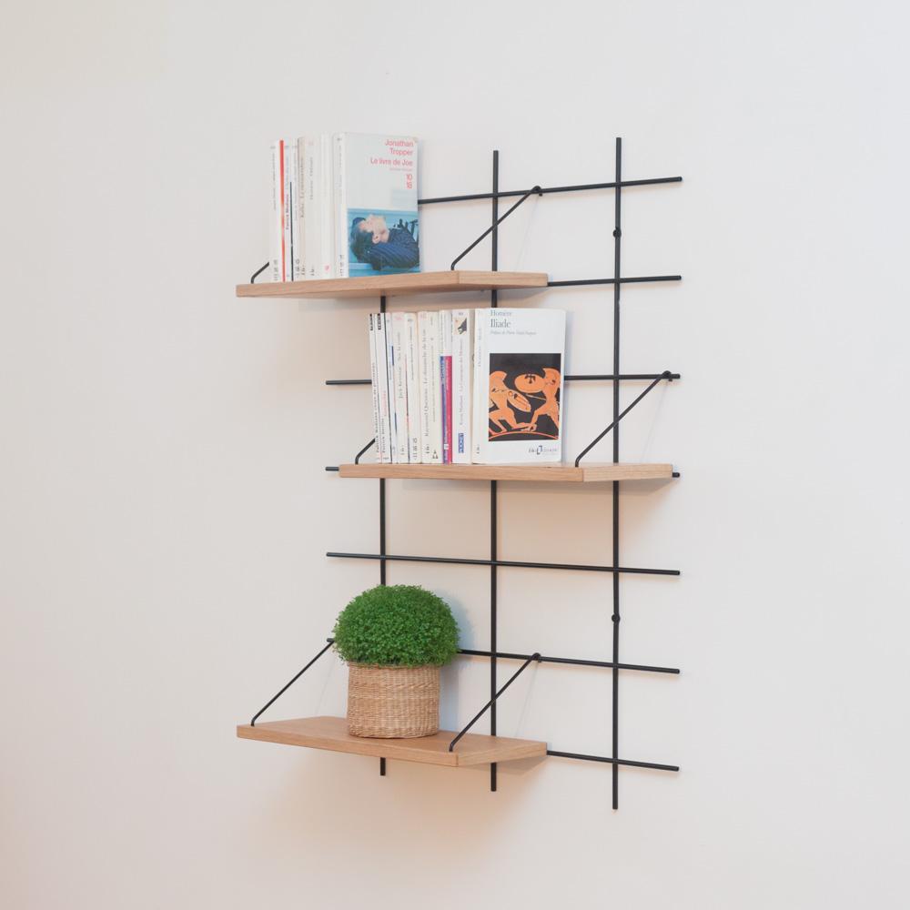 étagère Gassien Paris config 1 léonie 1 base noire 3 planches chêne massif faible profondeur 15cm vue de profil livres de poche salon bibliothèque
