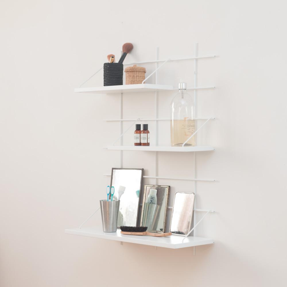 étagère Gassien Paris config 3 Inès 1 base blanche 3 planches laquées blanches faibles profondeurs 15cm 20cm vue de profil salle de bain beauté